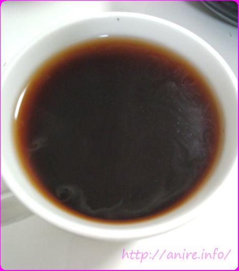 ティーライフプーアール茶一杯目