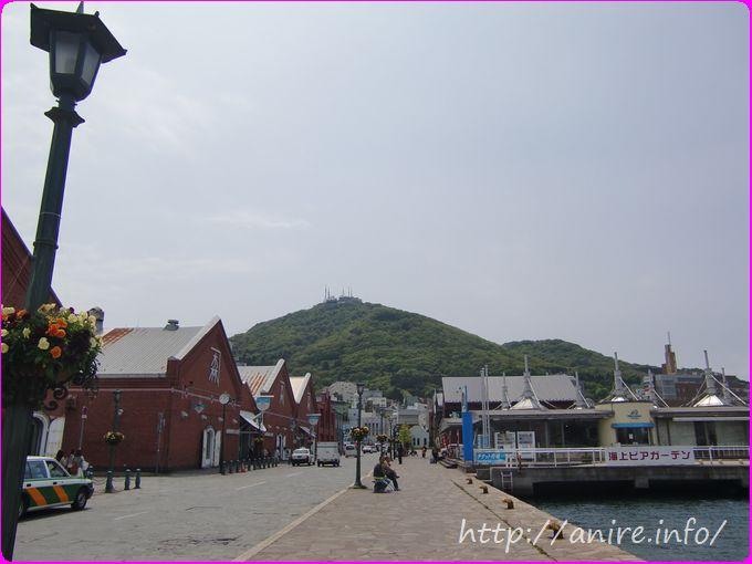 函館ベイエリア赤レンガと函館山