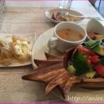 横浜白楽・東白楽駅近くでハワイアンを楽しめる!ワイオリカフェ
