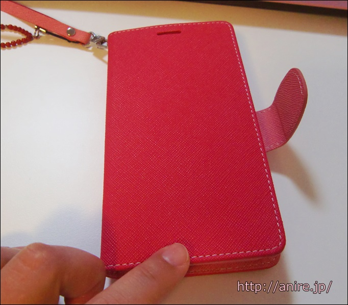 asusにピンクのスマホ手帳型ケース