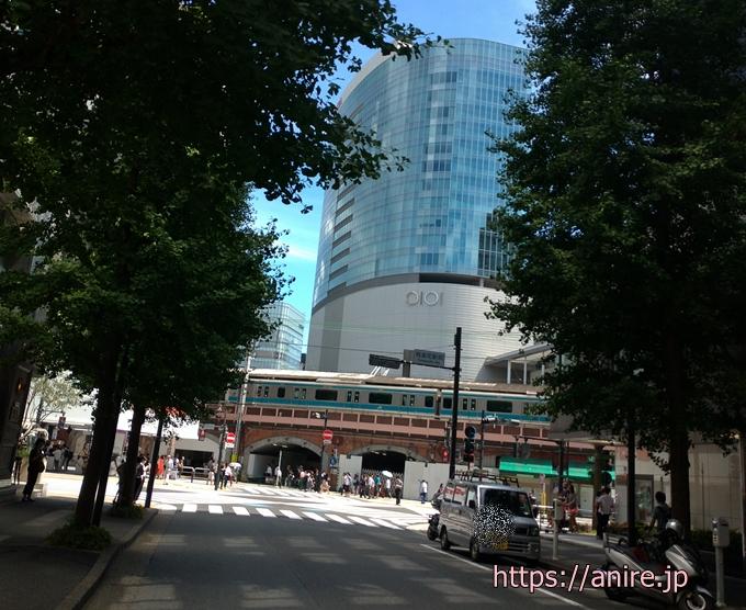JR有楽町駅からファイナンシャルアカデミー